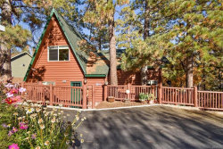 Photo of 1003 Fawnskin Drive, Fawnskin, CA 92333 (MLS # 31910270)