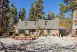 Photo of 1050 Canyon Road, Fawnskin, CA 92333 (MLS # 31910306)