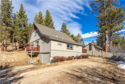 Photo of 741 Blue Jay Road, Big Bear Lake, CA 92315 (MLS # 32000222)