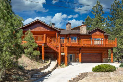 Photo of 43628 Yosemite Drive, Big Bear Lake, CA 92315 (MLS # 32000233)
