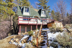 Photo of 591 Georgia Street, Big Bear Lake, CA 92315 (MLS # 32000255)