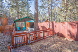 Photo of 814 Spruce Lane, Sugarloaf, CA 92386 (MLS # 32000282)