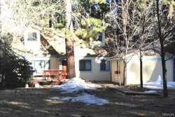 Photo of 887 Tulip Lane, Big Bear Lake, CA 92315 (MLS # 32000286)