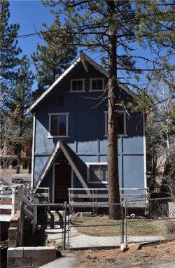 Photo of 436 Dixie Lane, Big Bear Lake, CA 92315 (MLS # 32000297)