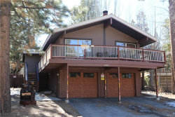 Photo of 40205 Lakeview Drive, Big Bear Lake, CA 92315 (MLS # 32000332)