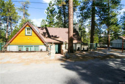 Photo of 515 Chipmunk Lane, Big Bear Lake, CA 92315 (MLS # 32000420)