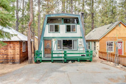 Photo of 42658 La Cerena Avenue, Big Bear Lake, CA 92315 (MLS # 32000440)