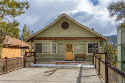 Photo of 42671 Alta Vista Avenue, Big Bear Lake, CA 92315 (MLS # 32000491)