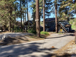Photo of 1027 Club View Drive, Big Bear Lake, CA 92315 (MLS # 32000505)