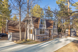 Photo of 827 Riverside Avenue, Sugarloaf, CA 92386 (MLS # 32000545)