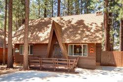 Photo of 42676 La Placida Avenue, Big Bear Lake, CA 92315 (MLS # 32001980)