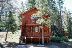 Photo of 43121 Plymouth Road, Big Bear Lake, CA 92315 (MLS # 32002121)