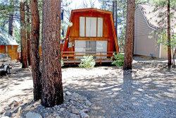 Photo of 229 Pine Lane, Sugarloaf, CA 92386 (MLS # 32002152)