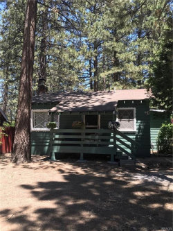Photo of 447 Chickadee Drive, Big Bear Lake, CA 92315 (MLS # 32002235)