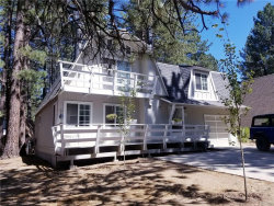 Photo of 593 Ponderosa Drive, Big Bear Lake, CA 92315 (MLS # 32002394)