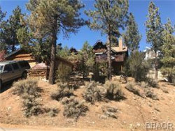 Photo of 39318 Garden Place, Fawnskin, CA 92333 (MLS # 32002709)