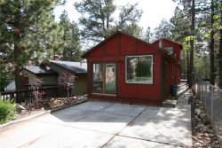 Photo of 175 Moreno Lane, Sugarloaf, CA 92386 (MLS # 32002732)