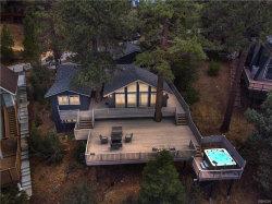 Photo of 43939 Yosemite Drive, Big Bear Lake, CA 92315 (MLS # 32003858)
