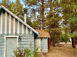 Photo of 425 San Bernardino Avenue, Sugarloaf, CA 92386 (MLS # 32003898)