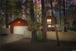 Photo of 327 Victoria Lane, Sugarloaf, CA 92386 (MLS # 32003964)