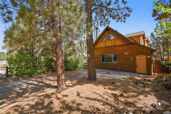 Photo of 679 Kern Avenue, Sugarloaf, CA 92386 (MLS # 32004031)