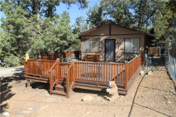 Photo of 843 Leonard Lane, Sugarloaf, CA 92386 (MLS # 32005175)