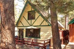 Photo of 313 Moreno Lane, Sugarloaf, CA 92386 (MLS # 32005225)