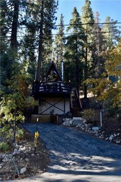 Photo of 43023 Falls Avenue, Big Bear Lake, CA 92315 (MLS # 32005258)