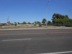 Photo of 900 E Chandler Boulevard, Lot 0, Chandler, AZ 85225 (MLS # 5793504)