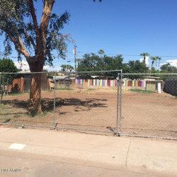 Photo of 415 S Robert Road, Lot 21, Tempe, AZ 85281 (MLS # 5966188)