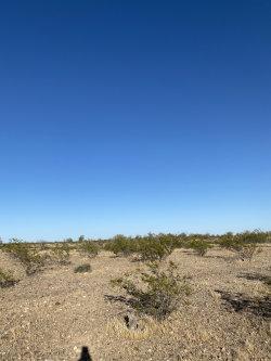 Photo of 0 W Tonopah North Lot 5 --, Lot 5, Tonopah, AZ 85354 (MLS # 6079751)