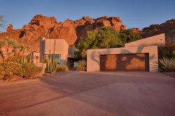 Photo of 5611 N Echo Canyon Circle, Phoenix, AZ 85018 (MLS # 5663696)
