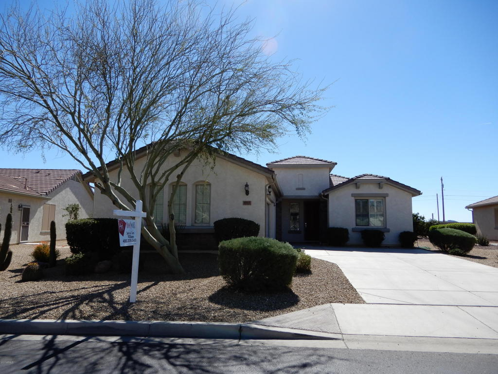 Photo for 603 W Bismark Street, San Tan Valley, AZ 85143 (MLS # 5670270)