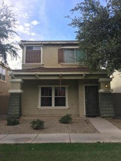 Photo of 1519 S Owl Drive, Gilbert, AZ 85296 (MLS # 5685540)