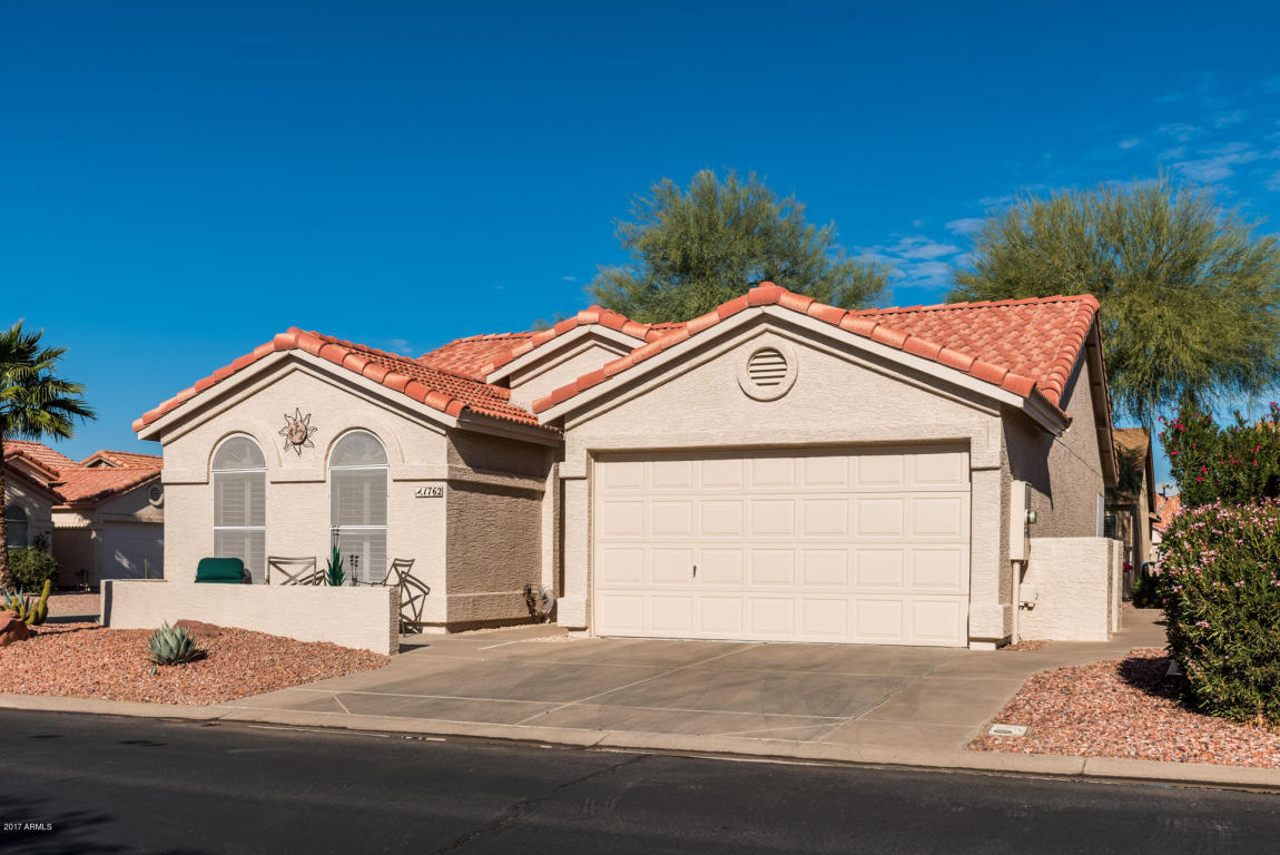 Photo for 1762 E Peach Tree Drive, Chandler, AZ 85249 (MLS # 5688558)