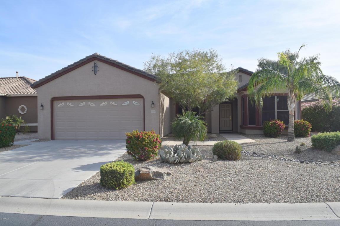 Photo for 6761 S Granite Drive, Chandler, AZ 85249 (MLS # 5691688)