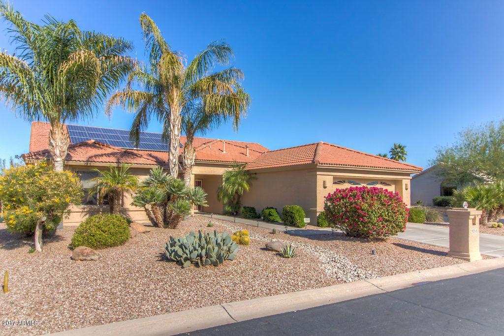Photo for 9218 E Champagne Drive, Sun Lakes, AZ 85248 (MLS # 5697220)