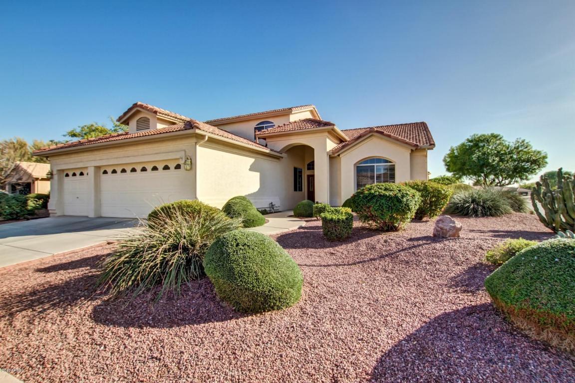 Photo for 10329 E Elmwood Court, Sun Lakes, AZ 85248 (MLS # 5709860)
