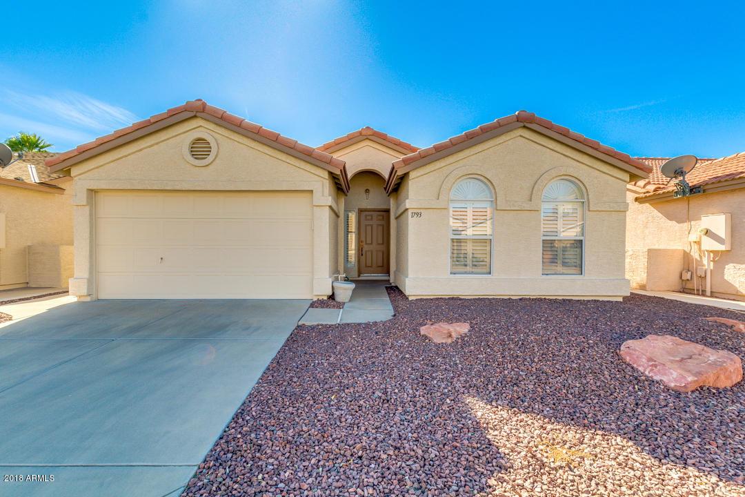 Photo for 1793 E Peach Tree Drive, Chandler, AZ 85249 (MLS # 5716073)