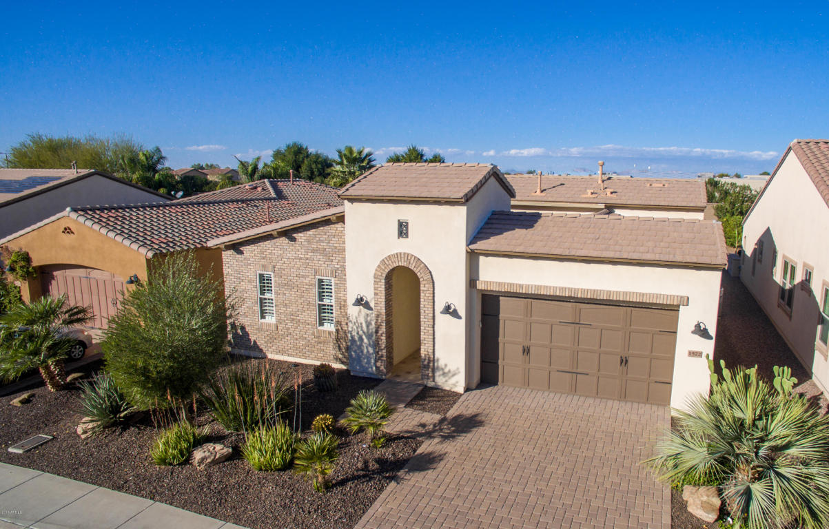 Photo for 1572 E Vesper Trail, San Tan Valley, AZ 85140 (MLS # 5717043)