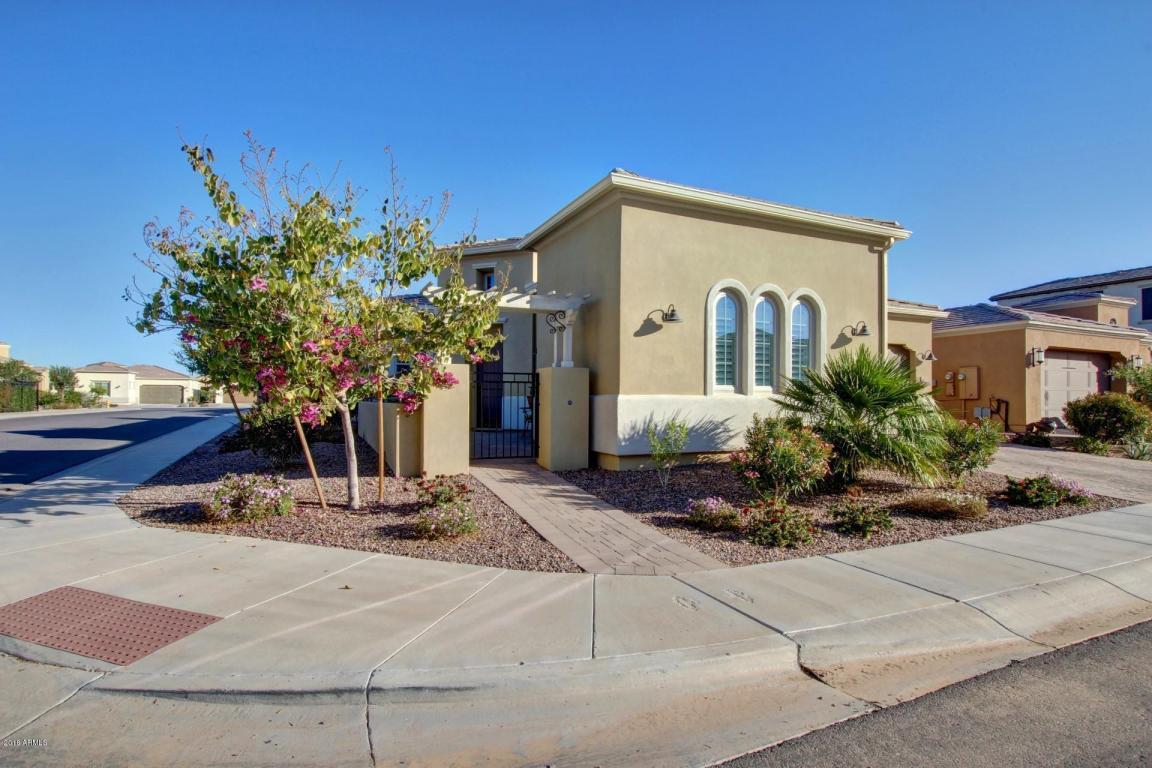 Photo for 1502 E Copper Hollow, San Tan Valley, AZ 85140 (MLS # 5720207)