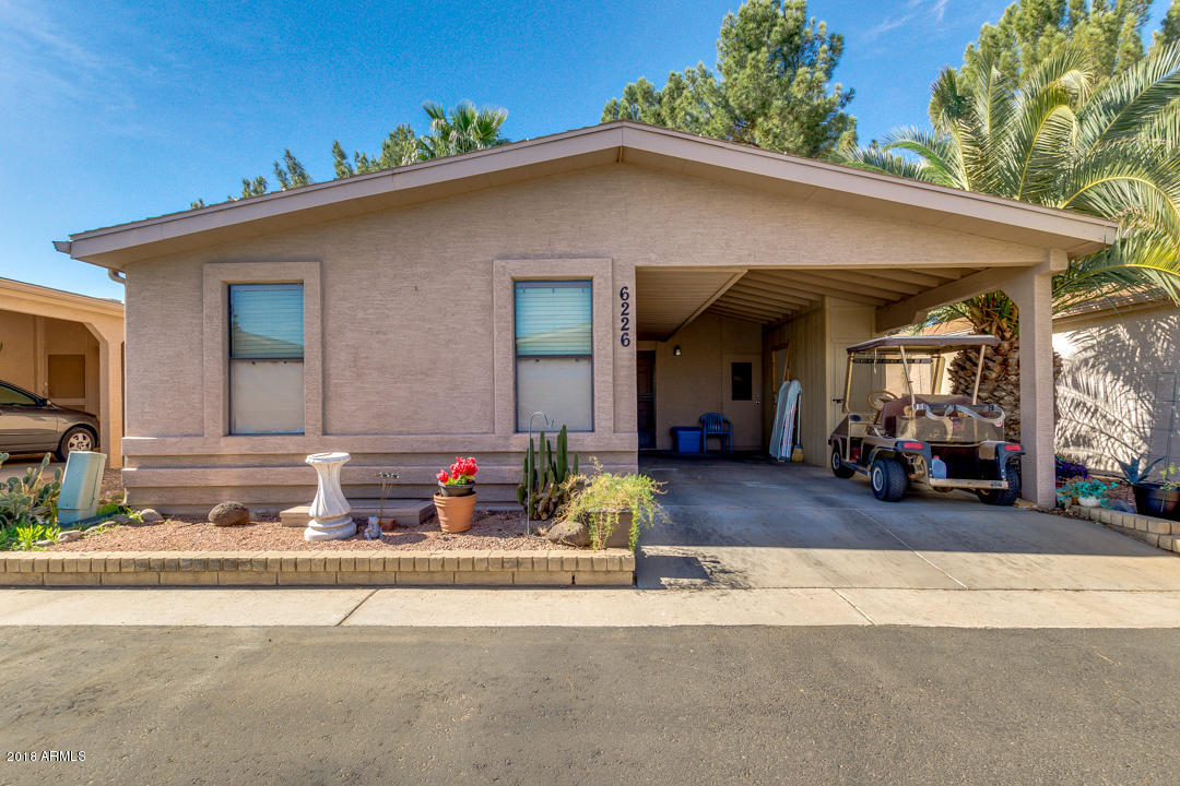 Photo for 6226 S Sawgrass Drive, Chandler, AZ 85249 (MLS # 5728245)