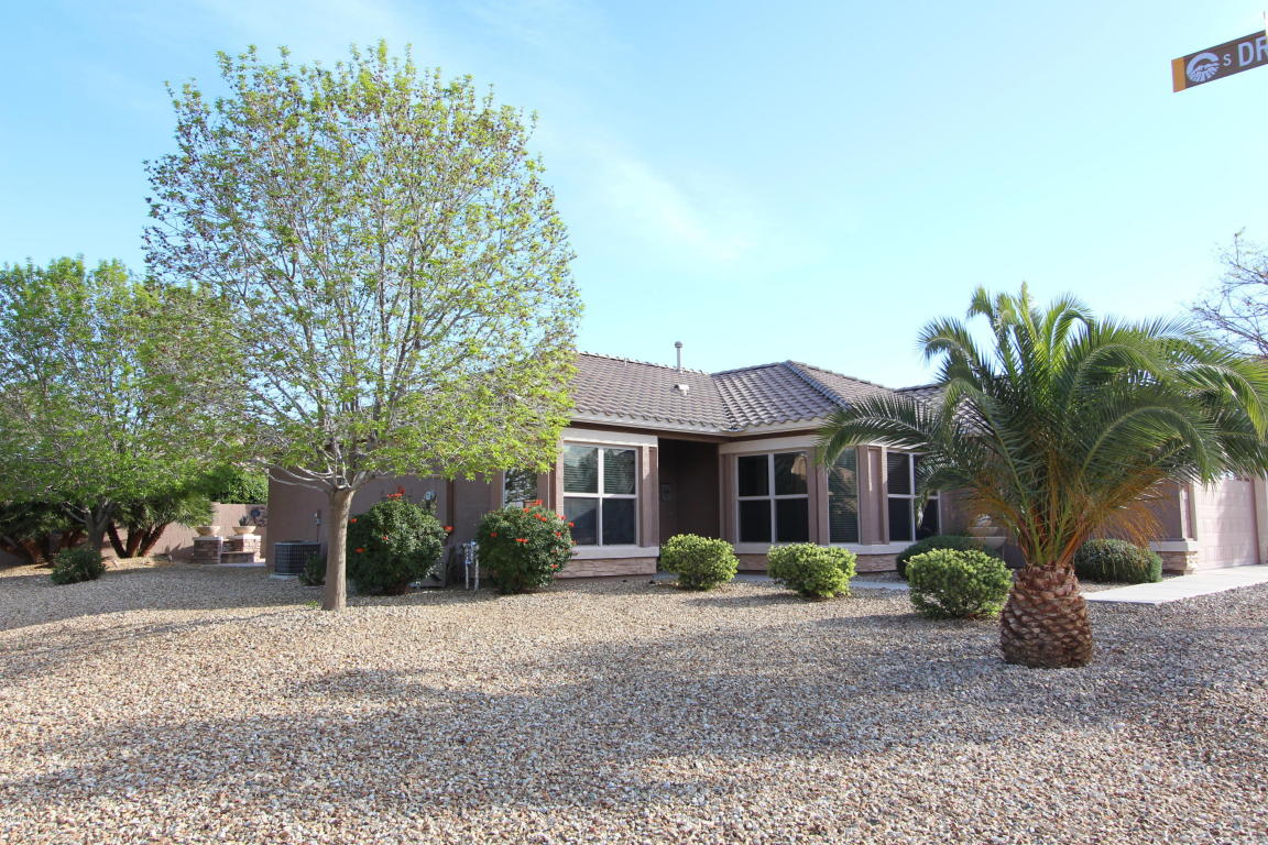 Photo for 3020 E Gleneagle Drive, Chandler, AZ 85249 (MLS # 5735548)