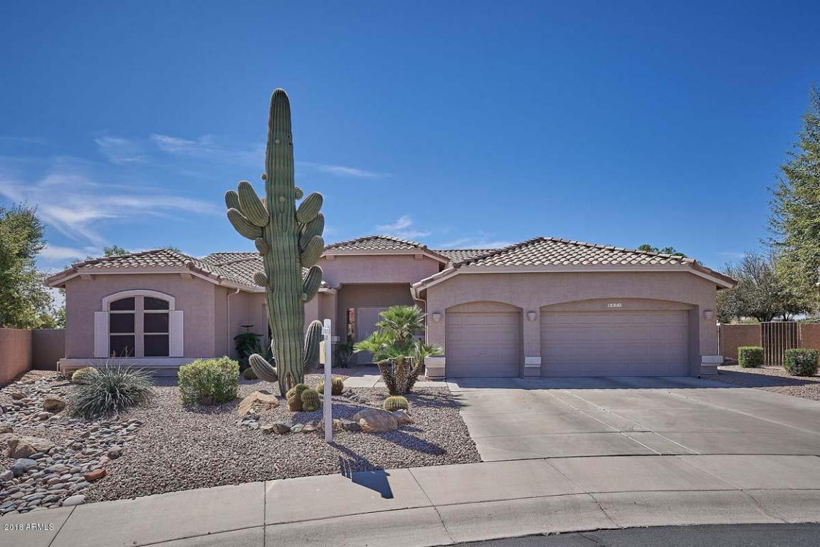 Photo for 4421 E Walnut Road, Gilbert, AZ 85298 (MLS # 5739832)