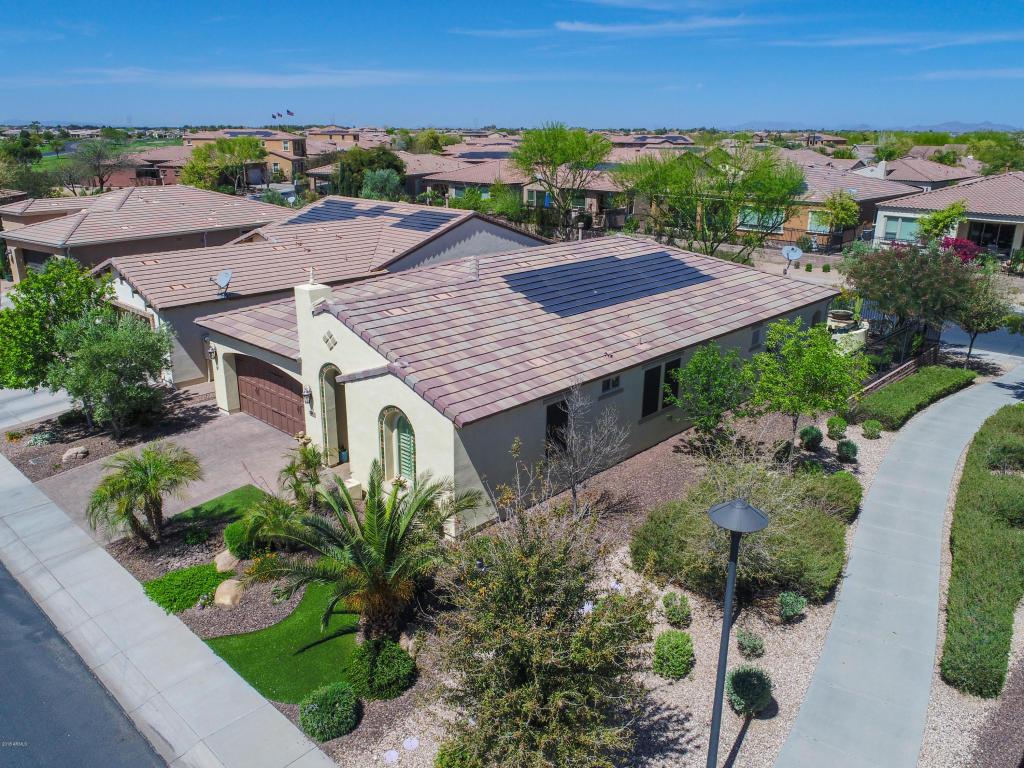 Photo for 1698 E Adelante Way, San Tan Valley, AZ 85140 (MLS # 5747376)