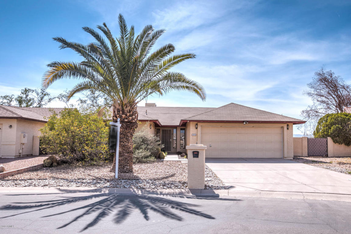 Photo for 26426 S Hogan Drive, Sun Lakes, AZ 85248 (MLS # 5747945)