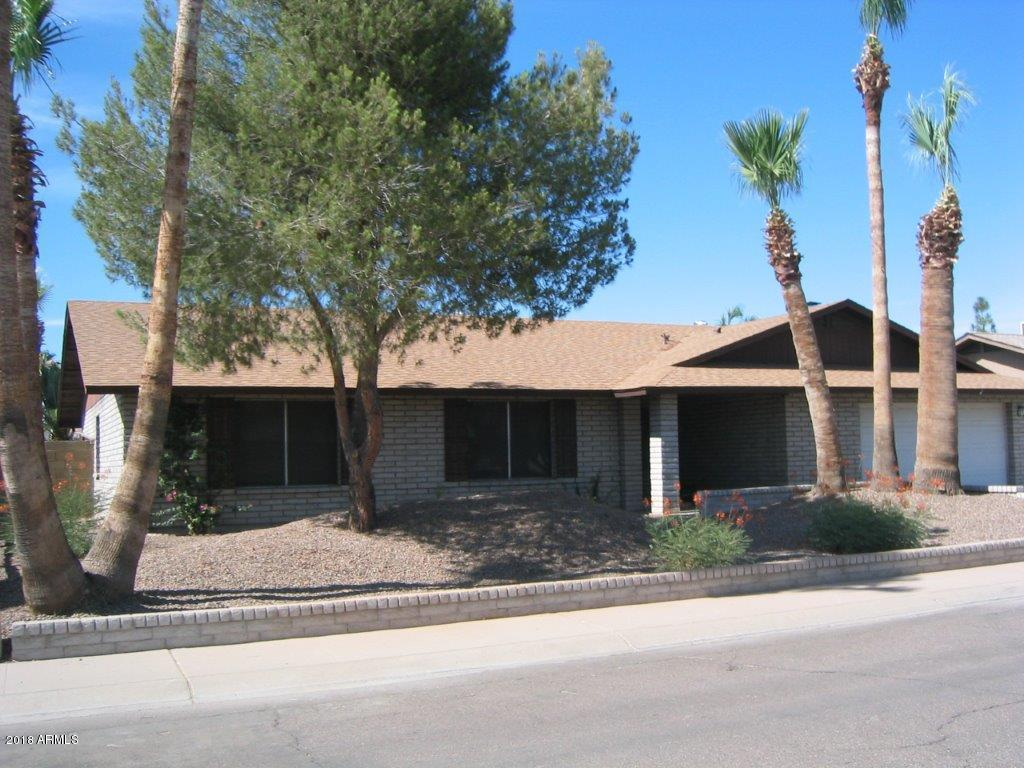 Photo for 402 E Muriel Drive, Phoenix, AZ 85022 (MLS # 5757535)