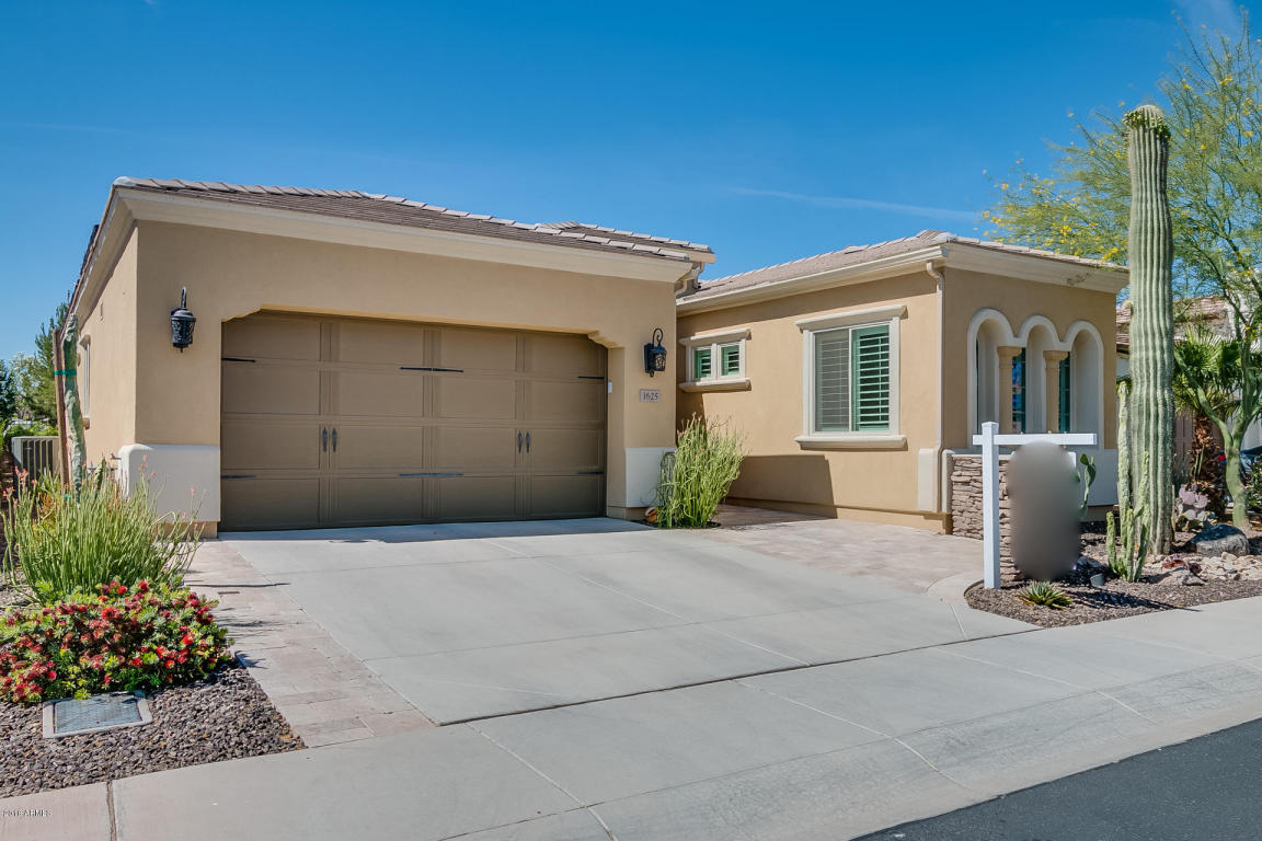 Photo for 1625 E Hesperus Way, San Tan Valley, AZ 85140 (MLS # 5763633)