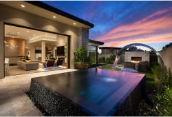 Photo of 5744 E Village Drive, Paradise Valley, AZ 85253 (MLS # 5766104)