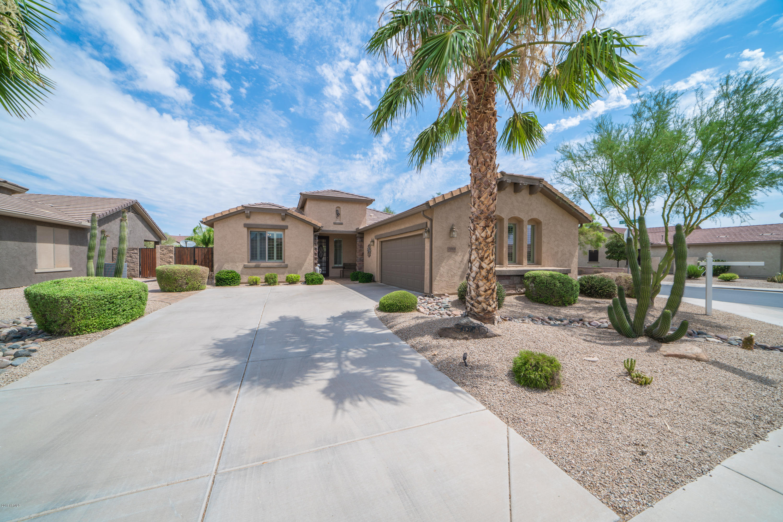 Photo for 1068 W Desert Lily Drive, San Tan Valley, AZ 85143 (MLS # 5781323)